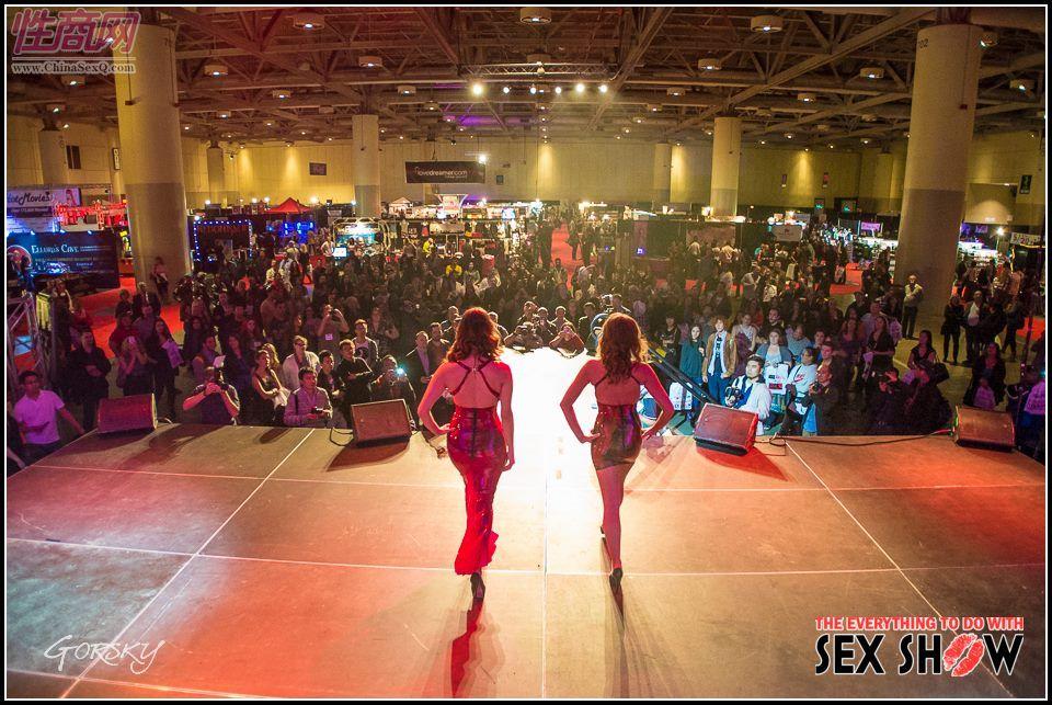 2013加拿大多伦多成人展ETWS情趣内衣秀图片2