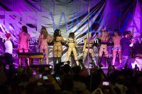 2015美国eXXXotica新泽西成人展舞台表演图片1