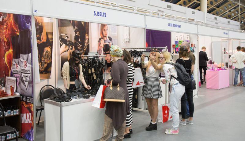 S.BELTS面罩、SM情趣服饰展商