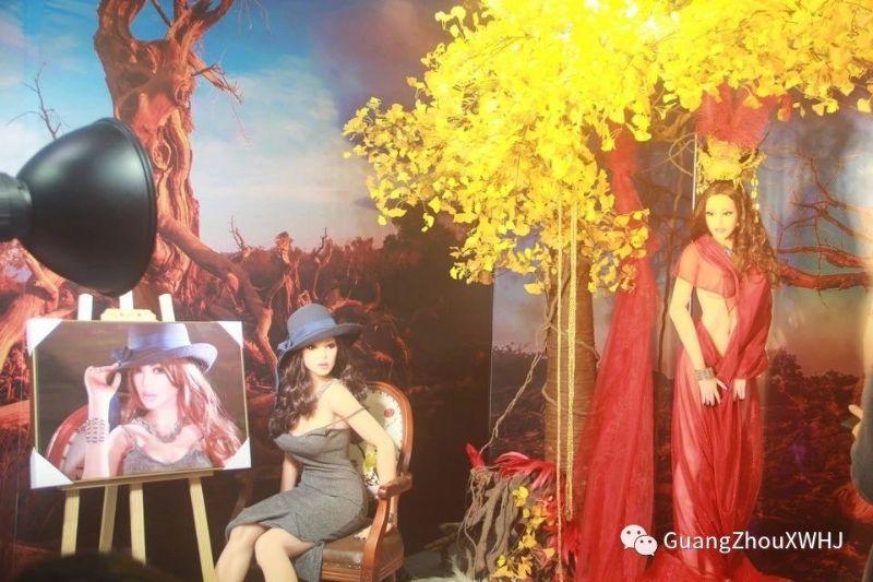 18年广州性文化节-展会现场 (56)