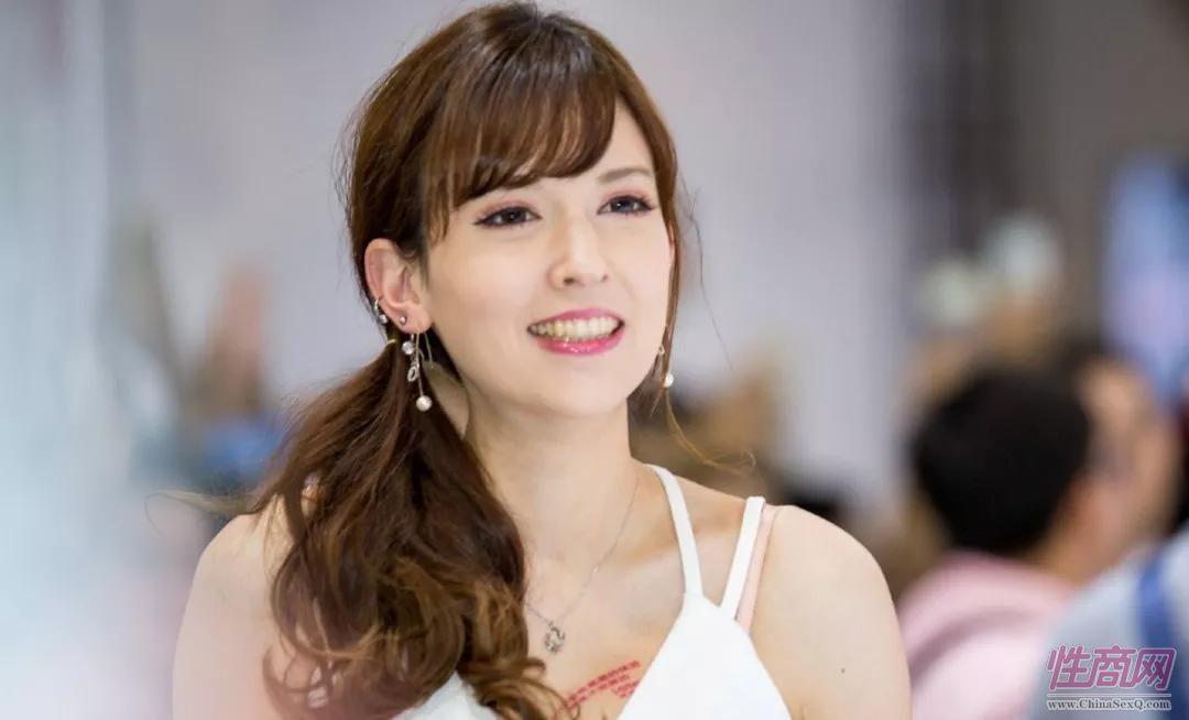 2018广州性文化节女优助阵:泷泽萝拉和天海翼