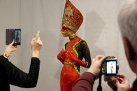 极富东欧传统风格特点的人体彩绘