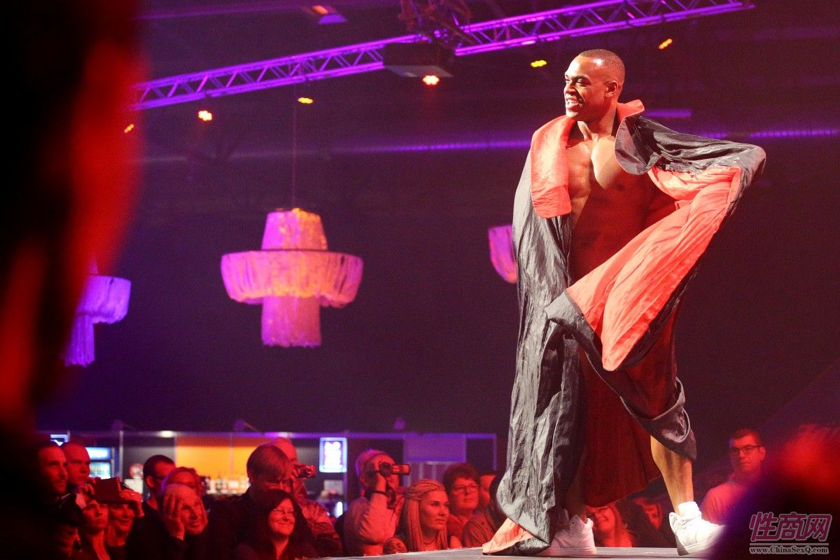 18拉脱维亚成人展:晚会表演 (59)