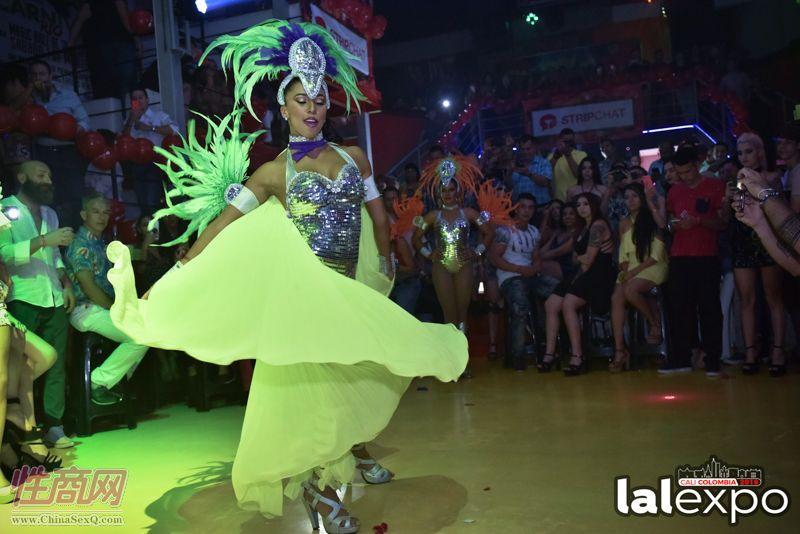 狂欢节舞蹈表演