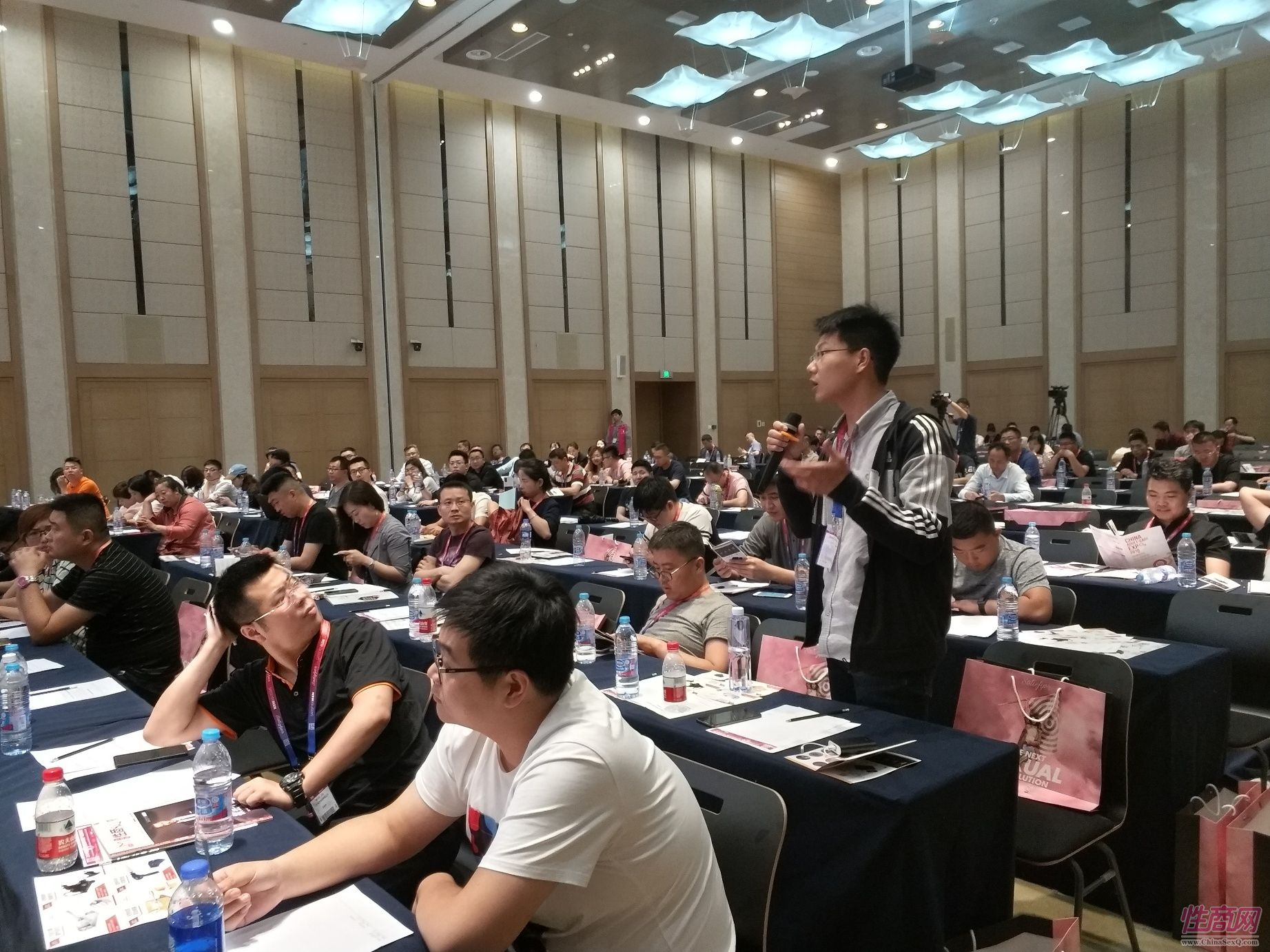 18上海成人展-高峰论坛 (21)