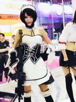 18上海成人展-现场模特