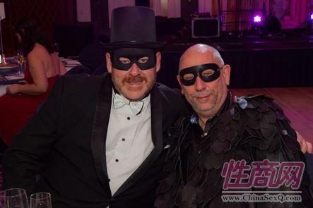 仿佛是蝙蝠侠和罗宾
