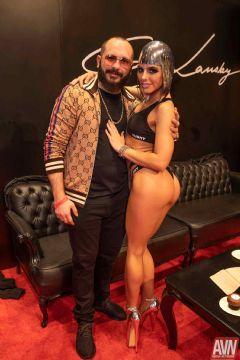 拉斯维加斯成人展AVN-展会第一天 (10)