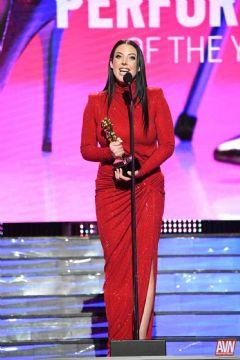 AngelaWhite获得了年度最受欢迎女影星奖