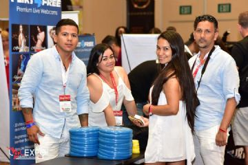 lalexpo拉丁美洲成人展派对聚会让嘉宾倍感轻松图片14