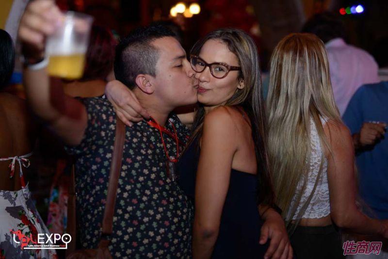 lalexpo拉丁美洲成人展派对聚会让嘉宾倍感轻松图片27