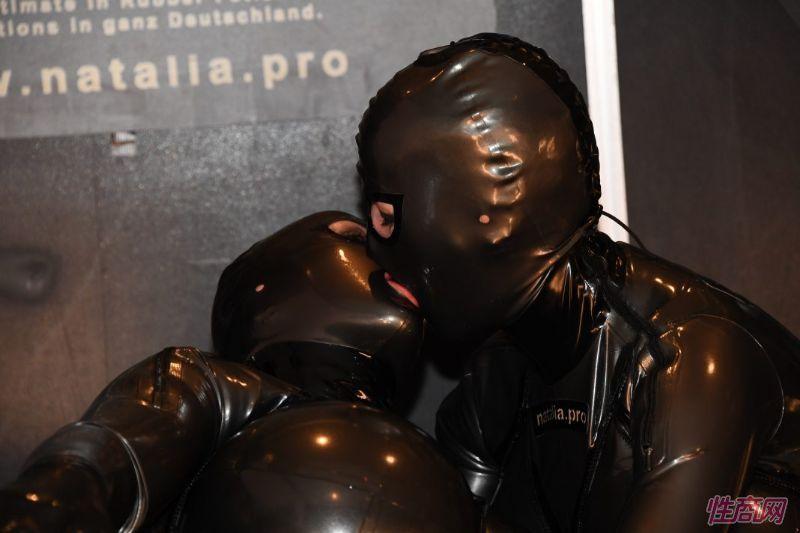 柏林成人展成功举办,吸引全球成人情趣业的关注图片25