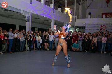 2019俄罗斯成人展舞台表演非常精彩,让人流连忘返