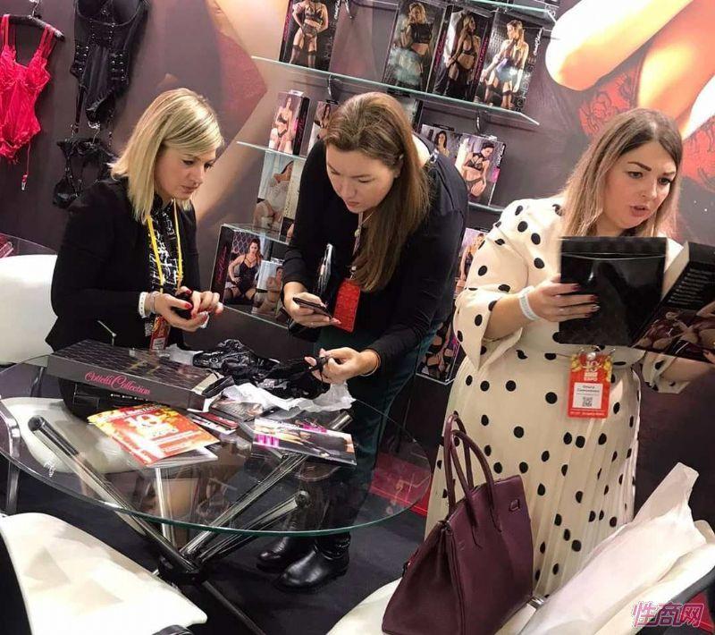 来自全球的商家参加俄罗斯成人展,有很多中国展商图片17