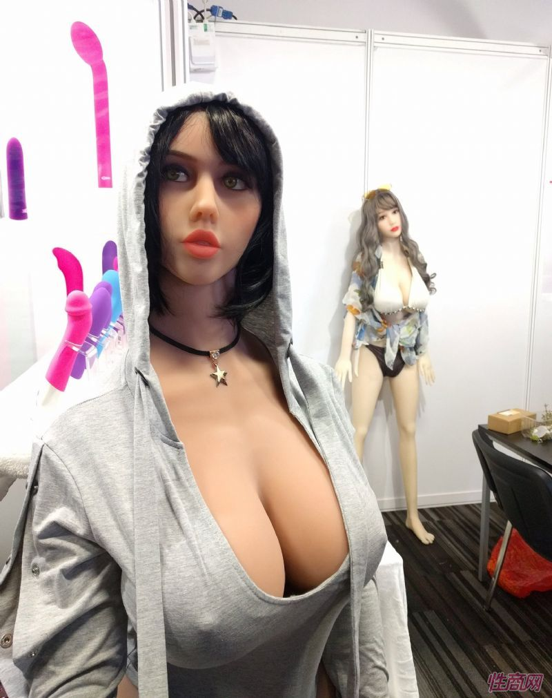 娃娃展商,欧美丰满型娃娃畅销