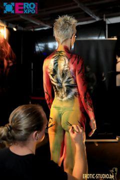 比利时根特成人展-人体彩绘 (8)