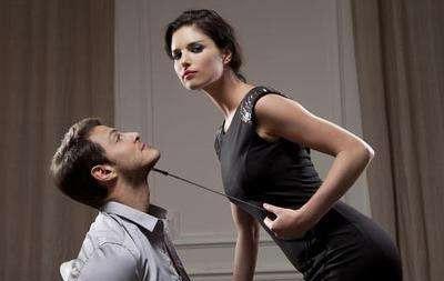 情侣吵架,为什么你气到吐血,他却能呼呼大睡?