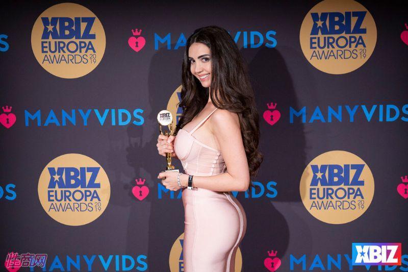 19欧洲成人情趣大奖获奖影星及企业 (41)