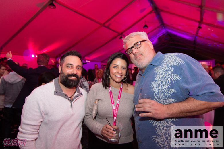 洛杉矶成人展ANME80年代主题派对 (2)