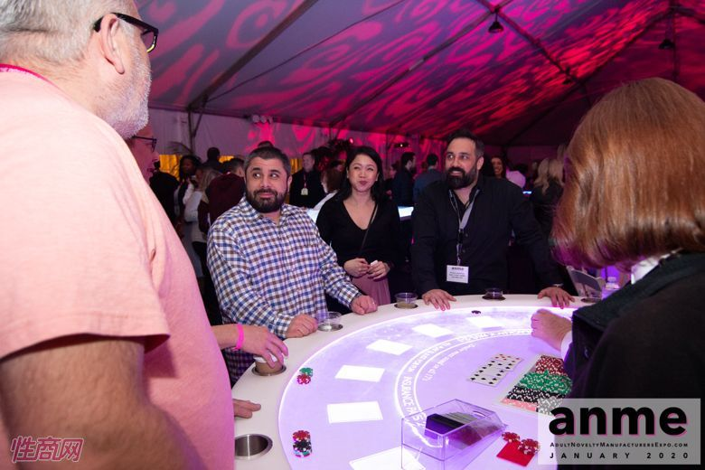 洛杉矶成人展ANME80年代主题派对 (103)