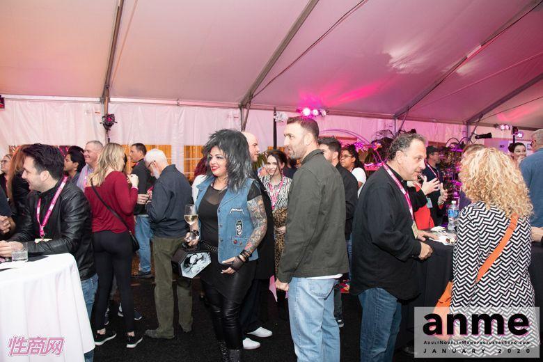 洛杉矶成人展ANME80年代主题派对 (31)