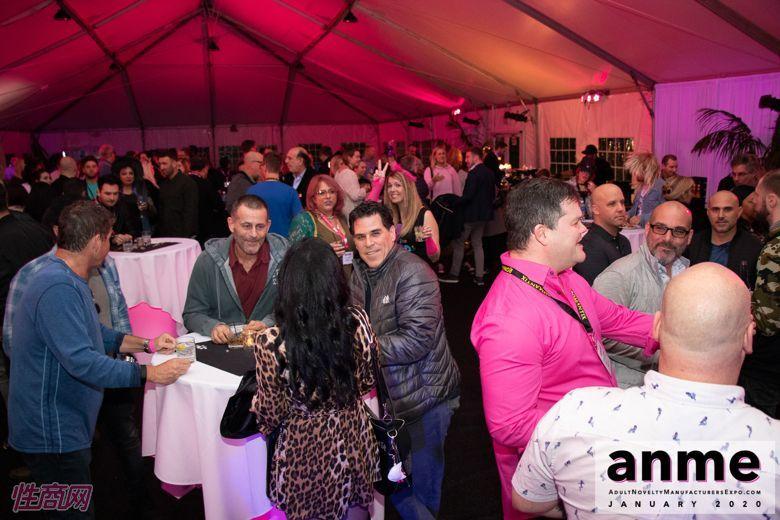 洛杉矶成人展ANME80年代主题派对 (34)