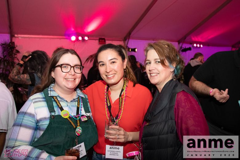 洛杉矶成人展ANME80年代主题派对 (53)