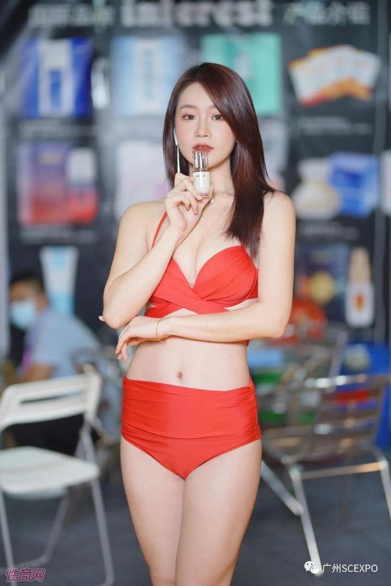 广州性文化节展会模特 (19)