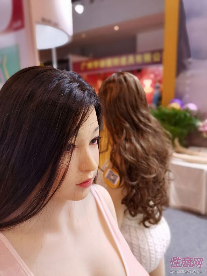 2020广州性文化节图片报道:实体娃娃(上)