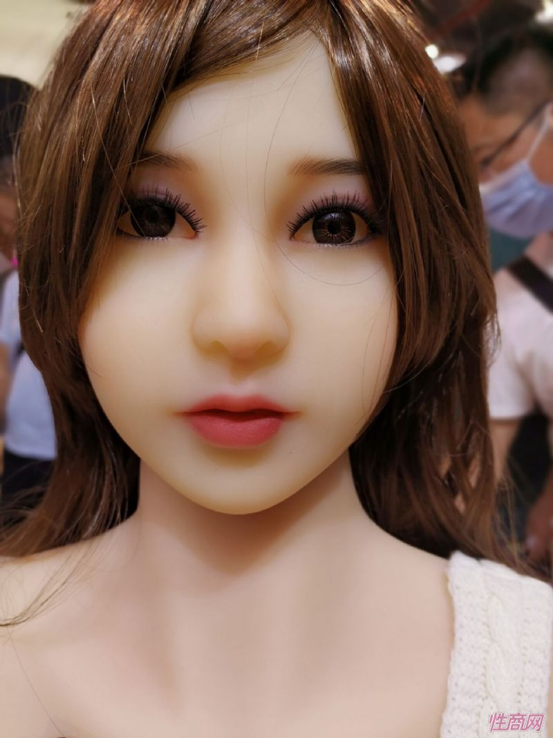 广州性文化节实体娃娃大赏 (41)