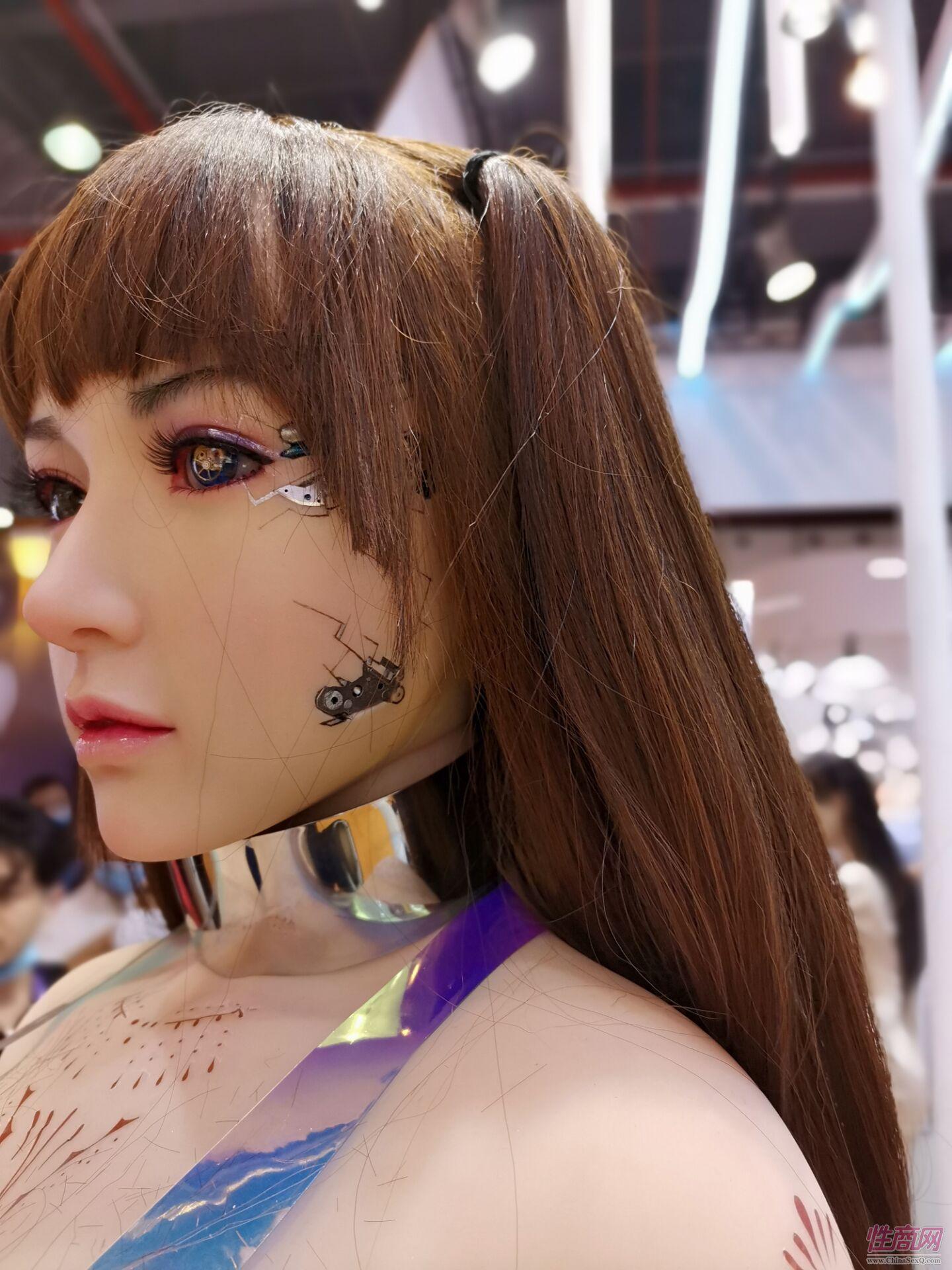 2020广州性文化节图片报道:实体娃娃(下)