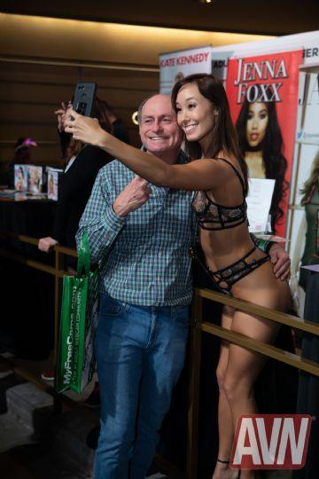 2020拉斯维加斯成人展AVN Show:成人影星2