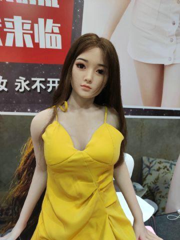 2020上海成人展图片报道:实体娃娃及SM产品